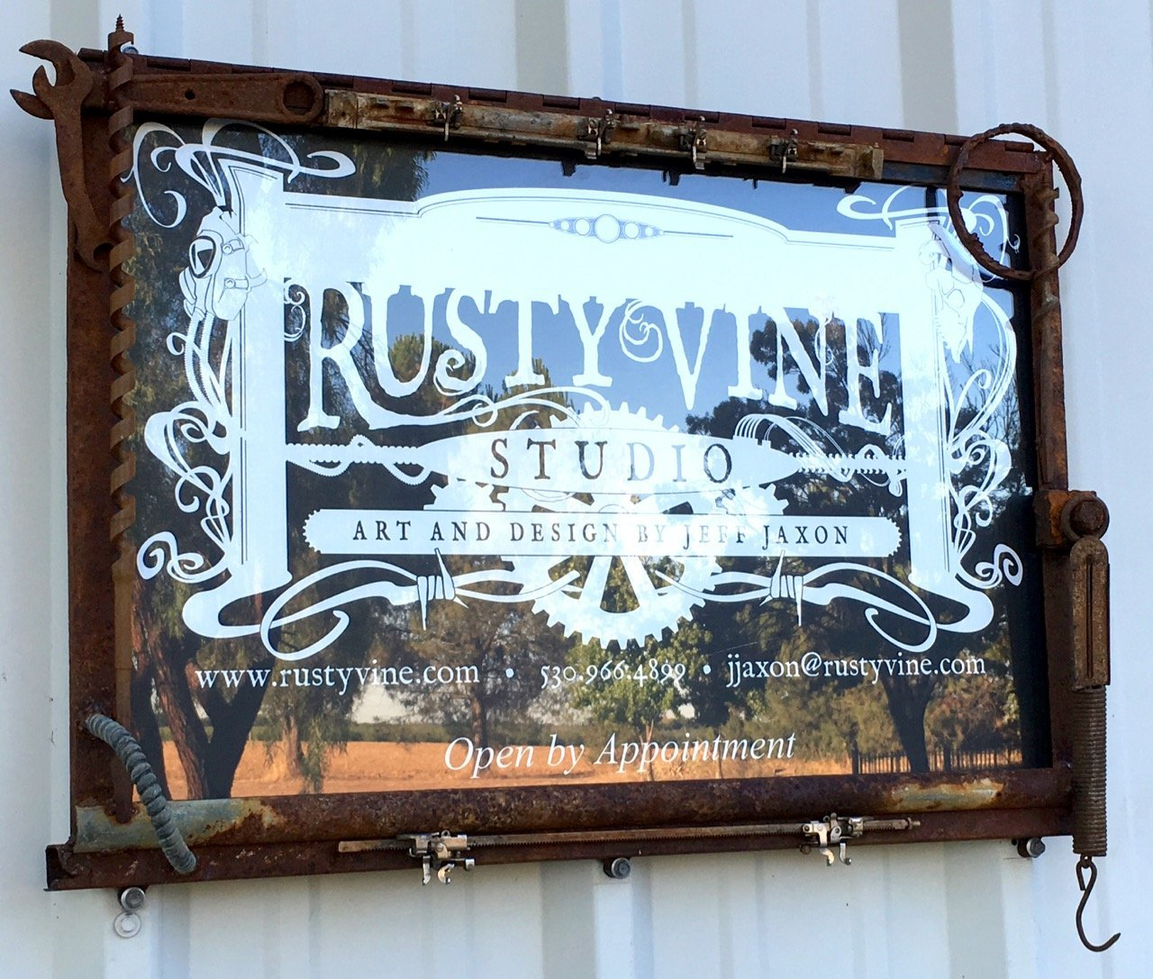 Welcome to Rusty Vine Studio