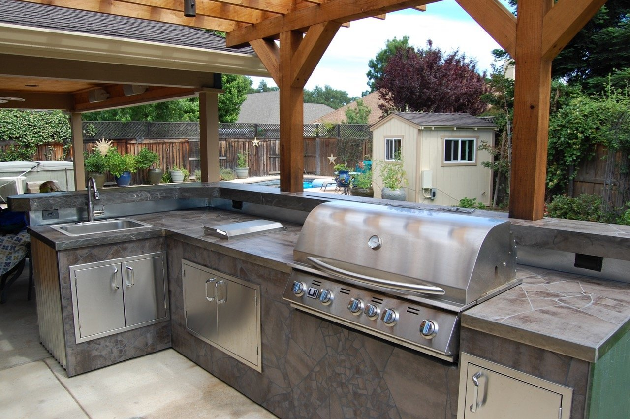 Outdoor Kitchen Mosaic Counter Top